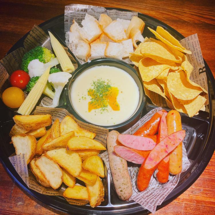 チーズとお肉のお店 サンビーノ 刈谷本店